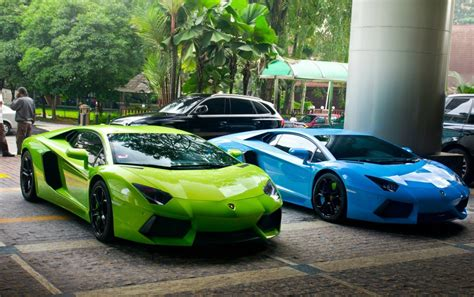 Green And Blue Lamborghini Supercars Wallpapers