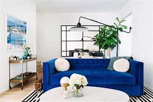 deco salon bleu marine solutions pour la decoration With tapis yoga avec canapé velours bleu marine