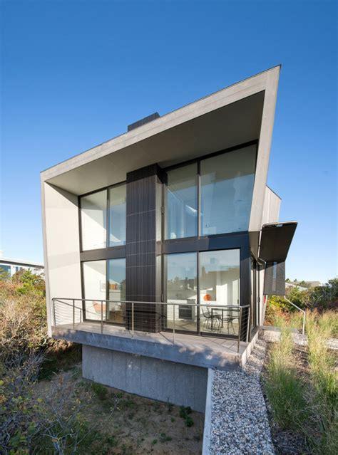 tiny  story beach house  geometric design digsdigs