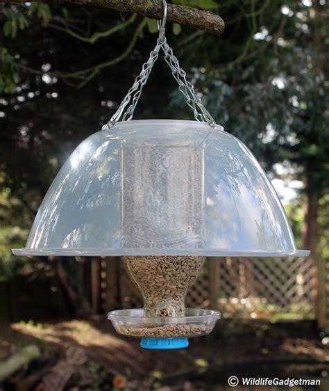 how to make a rain guard for bird feeder bottle bird feeder wildlifegadgetman