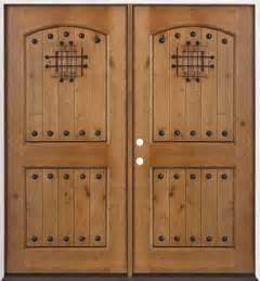 Rustic Knotty Alder Wood Entry Door