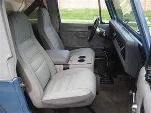 1989 Jeep Wrangler - Interior Pictures