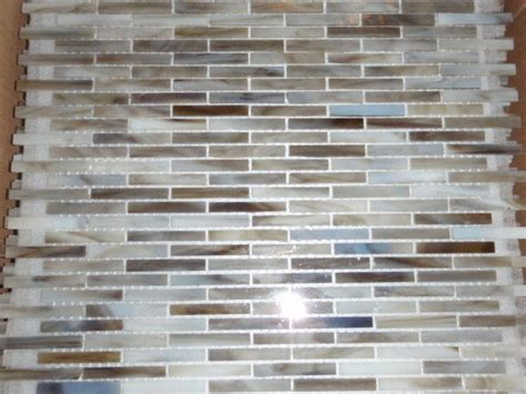 Backsplash Glass Tile Edging by Alternative Edge To Glass Backsplash Ceramic Tile Advice