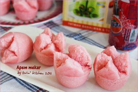 Hanya saja, apem sering dijajakan saat bulan ramadhan. Resep Kue Mangkok Mekar|Apem Mekar | Resep kue mangkok, Kue mangkok, Kue