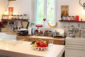 photo maison de famille entre style contemporain et objets With decoration accessoire cuisine