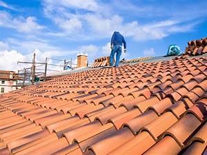 Tuile Pour Toiture : prix d 39 une toiture en tuile au m2 les tarifs et devis ~ Premium-room.com Idées de Décoration