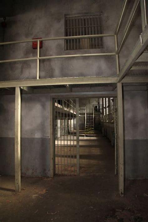 prison set   walking dead barnorama
