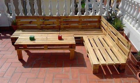 fabrication canap palette bois 52 idées pour fabriquer votre meuble de jardin en palette