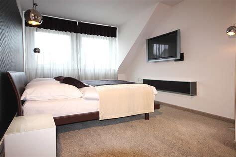 Schlafzimmer Mit Ankleide by Schlafzimmereinrichtung Mit Begehbarer Ankleide Raumax