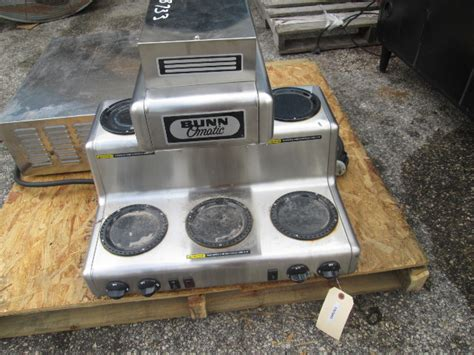 bunn rl bunn  matic commercial coffee brewer machine
