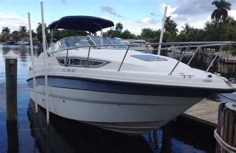 Cabin Cruiser Chaparral Boats by Chaparral Signature 260 26 Foot Cabin Cruiser Sleeps Four