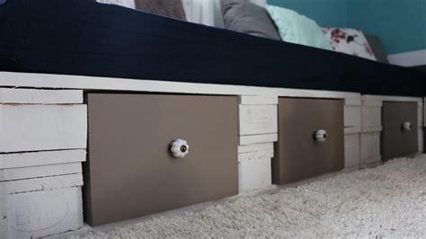 ᐅ Palettensofa  Sofa aus Paletten  Selber bauen & kaufen