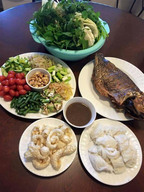 cuisine laos pun mieng pa fish wrapped lao style food 100 lao