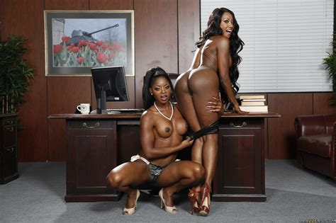 Diamond Jackson And Jasmine Webb Shesfreaky