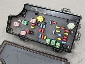 07 Caliber Patriot Compass Tipm Integrated Power Module Fuse Box 04692207ae Af
