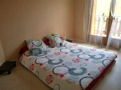 ma chambre ma chambre très minimaliste sans déco sous notre toit