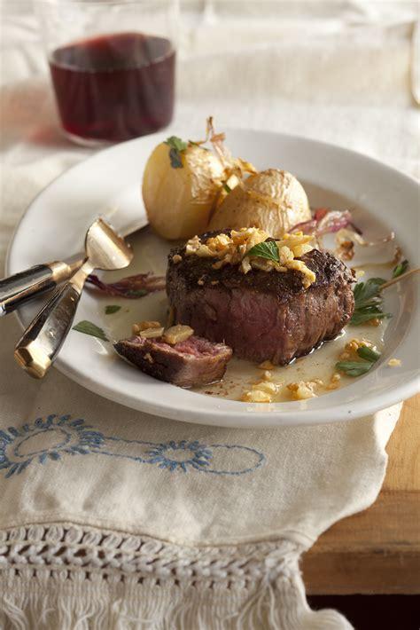 steak  fried garlic recipe relish