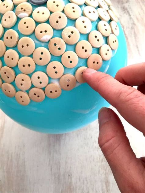 craft ideas using buttons 15 creative diy ideas you can make at home by using buttons 3945
