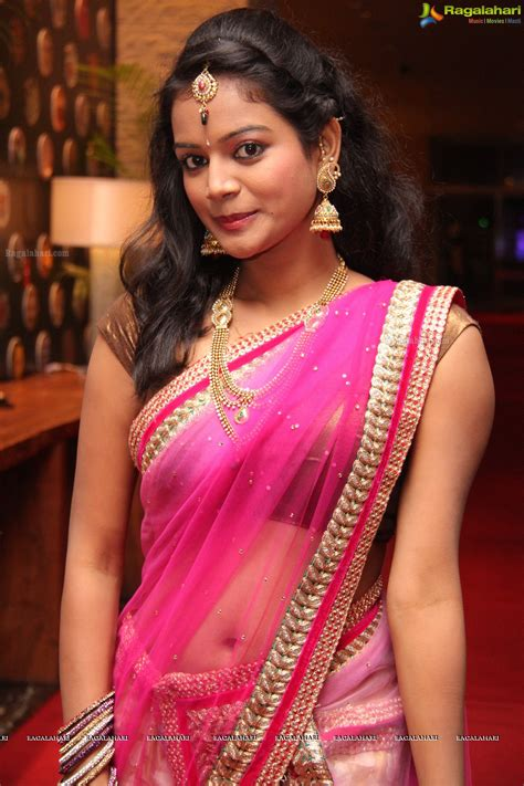 navel thoppul low hip show in saree page 153 xossip