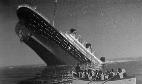 what year did the titanic sink iceberg that sank titanic was 100 000 years old experts