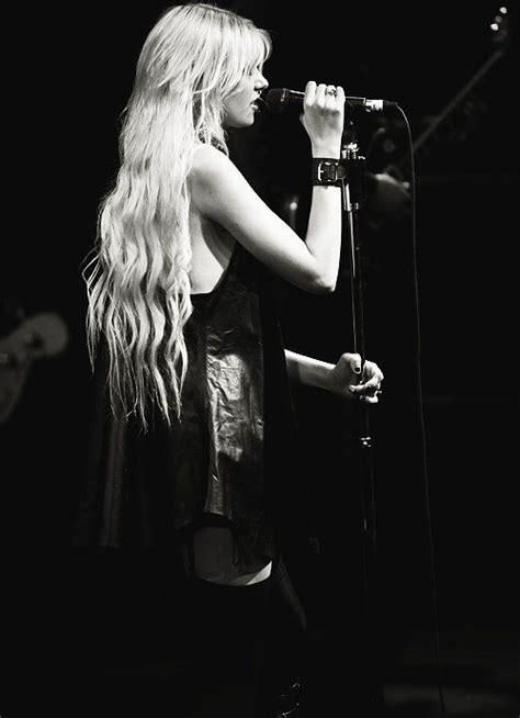 Taylor Momsen | Taylor momsen, The pretty reckless, Taylor