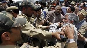 Crackdowns, arrest spree widely condemned in IOK » Kashmir ...