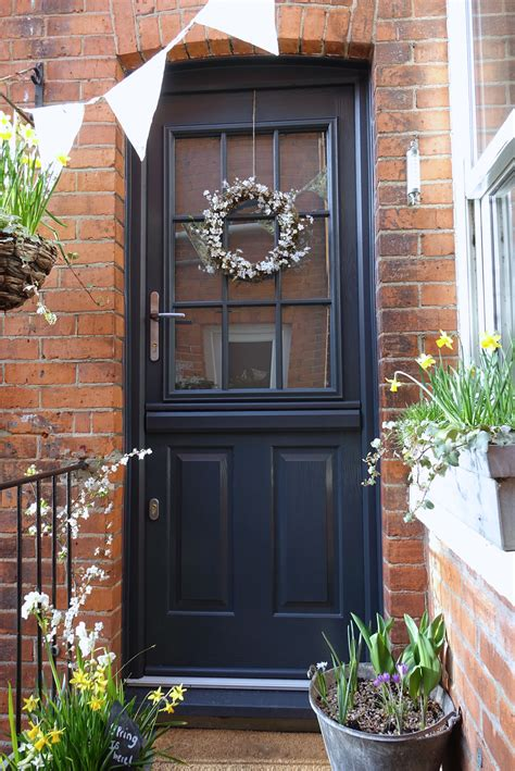 solidor gallery leading    composite doors