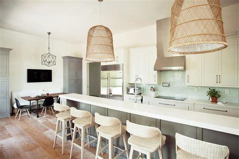 quartz kitchen sink gray kitchen island with basket chandeliers 1702