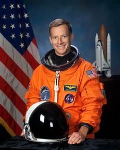 Orbiter.ch Space News: Veteran Space Shuttle Commander ...