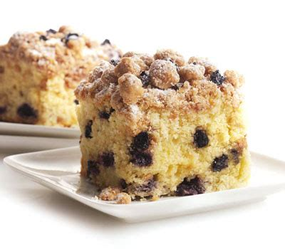 Blueberry crumble coffee cake is a wonderful way to brighten up a rainy spring morning! Blueberry Crumb Cake - Cook Diary