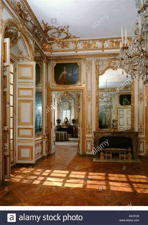 chambre louis xiv palace of versailles chambre de louis xv stock photo