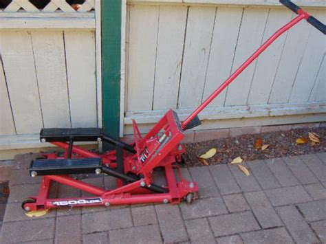 Power Built Motorcycle Atv Jack Lift Up To 1500 Lb Used