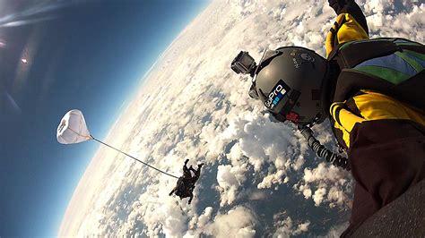Space Affairs HALO TANDEM EXTREME SKYDIVE HARRO FUELLGRABE