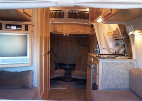 Choosing a Compact RV or Camper for Retirement Travel