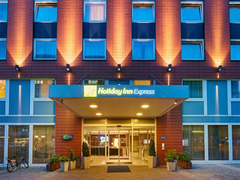 holiday inn express berlin city centre west hotel  ihg