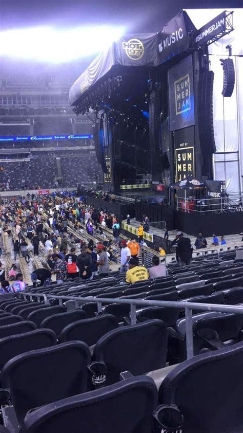 stage view  metlife stadium