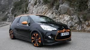 Ds3 Noir Et Orange : essai vid o citro n ds3 racing thp 200 joli cadeau de no l ~ Gottalentnigeria.com Avis de Voitures