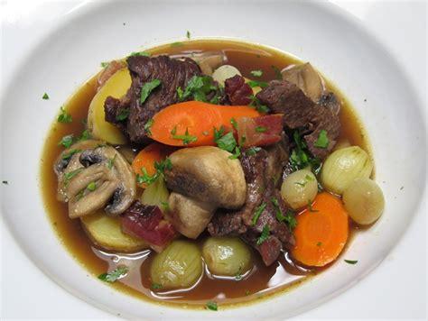 cuisine boeuf bourguignon boeuf bourguignon recipe dishmaps