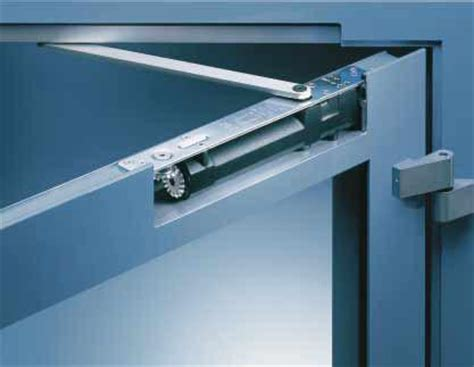hydraulic door closer     dorma