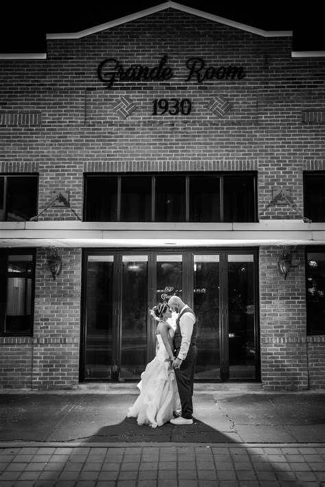 experienced wedding photography  wont break  bank