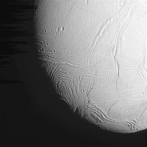 Cassini Flyby Provides New Close-Up of Saturn's Moon Enceladus