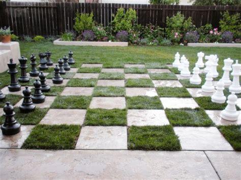 outdoor chess table am 233 nagement de patio dans votre cour int 233 rieure en 22 id 233 es 1290