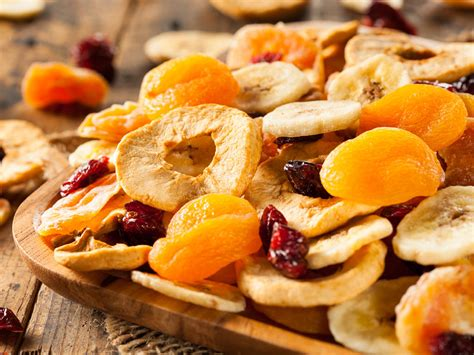 When Can My Baby Eat Raisins And Dried Fruit Babycenter