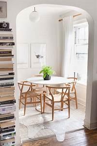 coin repas chaleureux et moderne comment l39amenager With deco cuisine avec table de repas ronde