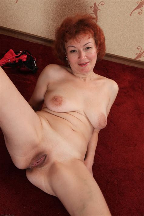 Hairy Mature Redhead Julia Showing Her Naked Body And