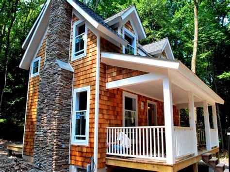 exterior cedar shake siding cedar shake shingle cottage cedar shake cottage treesranchcom