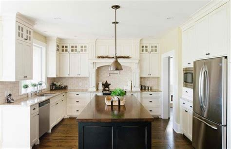 traditional  white farmhouse kitchen designs home