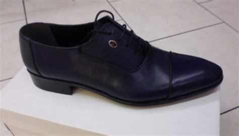 chaussure homme bleu marine mariage mariage et s 233 duction en arles sp 233 cialiste du mariage