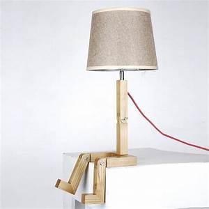 Lampe Bois Design : lampe de table pied en bois lampe de chevet gifi marchesurmesyeux ~ Teatrodelosmanantiales.com Idées de Décoration