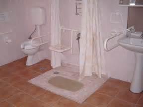 ideas for handicap accessible bathroom d 233 cor